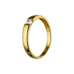 Złoty pierścionek z cyrkonią